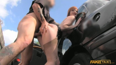 ft1235_horny_redhead_tempts_driver_with_sex_for_taxi_fare_720