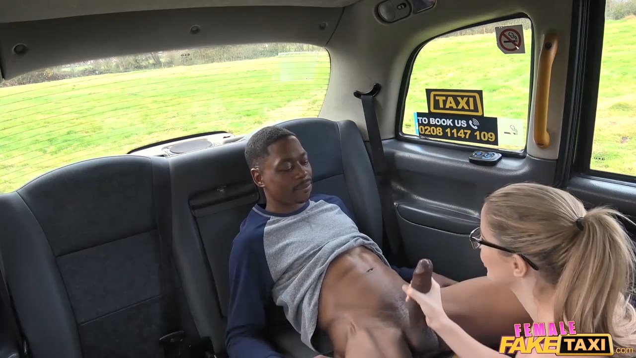 back seat blowjob for lucky stud - female fake taxi
